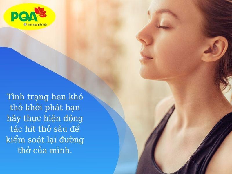 Thực hiện bài tập thở sâu để giảm áp lực cho phổi